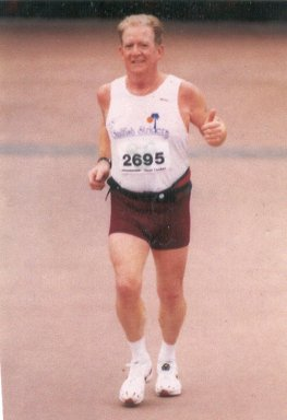 Harry Hoffman striving to the finish!