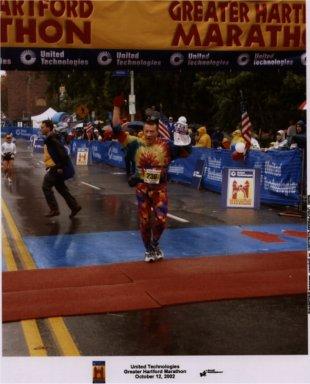 Randall Hansen finishes the Hartford Marathon 10/12/02