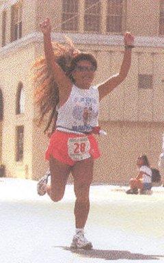 Boonsom Hartman finishes the Pocatello Marathon 2002