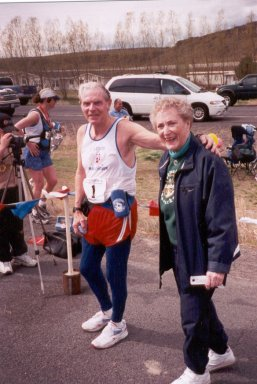 Bob and Lenore Dolphin at the Finish area 04/06/02 of the Yakima River Canyon Marathon. Bob and Lenore are the co-directors.
