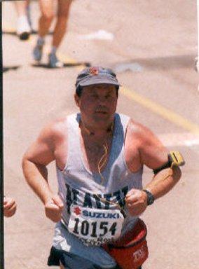 Henry Domeracki running the Rock ' N ' Roll Marathon. 6/02/02