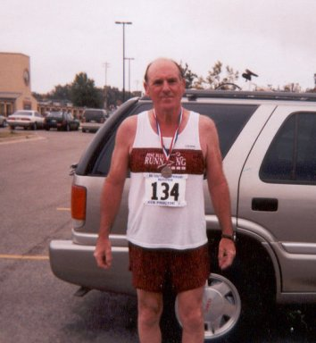 Carl Caldwell at the 2001 Wynne Marathon.