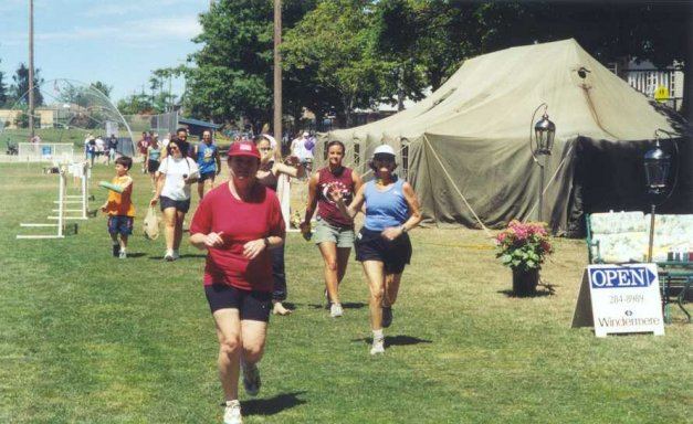 Layne Reibel and Dana Reising running at the Relay for Life July 12/13/2003 in Seattle WA.