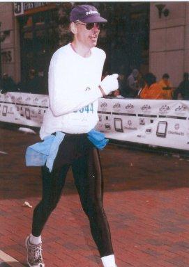 Darryl Davis, running the Columbus Marathon Oct. 21, 2002