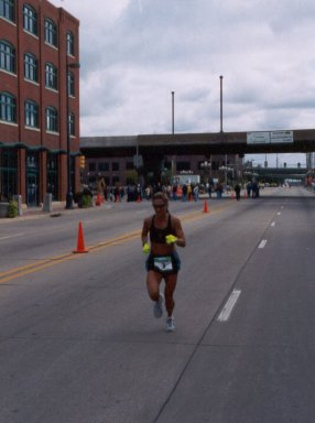 Wendy Hall finishes the QC Marathon with a 2:46:57 and takes home 3rd place overall.