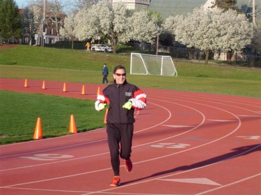 Wendy Hall warming up at the track before the marathon for the Olympic Time Trials 2004.