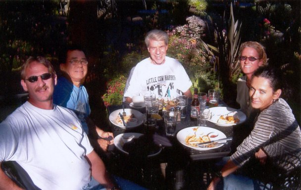 Jerry Schaver, Marcial Lopez, Dan Sinigallia, Kay Evans, and Margherita Scott, eating outside at Meriwether's. 10/03/04