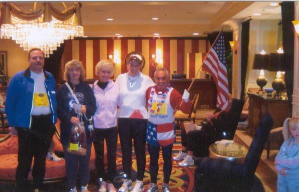 Jim Stuart, Cathy Troisi, Elaine Doll-Dunn, Jennifer Chrest, and Jose' Nebrida before the Des Monies Marathon 10/17/04.
