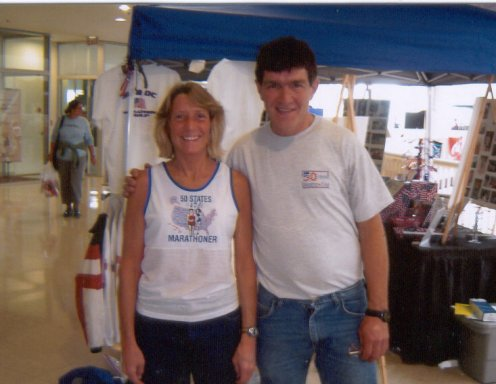 Marie Bartoletti and Tom Detore at the booth of 50 & DC Marathon Group in Des Monies 10/16/04