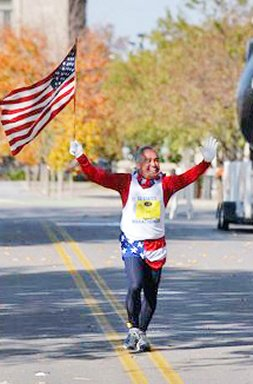 Jose' Nebrida coming into the finish of the Des Moines Marathon, October 17. 2004.