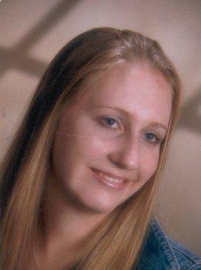 Betsy Mutz 2005-2006 50 & DC Marathon Group Scholarship recipient.