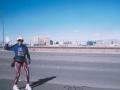 Beth Powers running the Las Vegas marathon on 01/30/05.