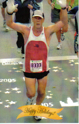 Steve Engel running the Chicago Marathon 10-9-05.