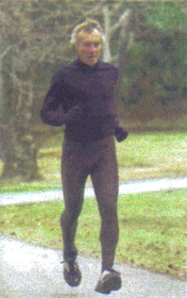 Andy Kotulski qualified for Boston for the 29th time. Andy was featured in the New York Times on Sunday, April 16, 2006.