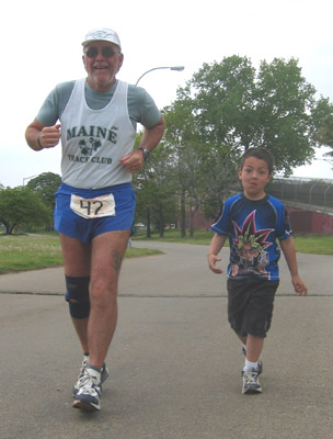 Here is Mike Brooks and a friend at Camp Sunshine on Day 6 of the Race. Mike raised over $6,500 for Camp Sunshine for 2006.