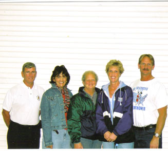 Jim Patton, Yolanda Cintron, Becky Daniels, Alisa Golay, & Jerry Scaver at the Des Monies expo 10/13/06.