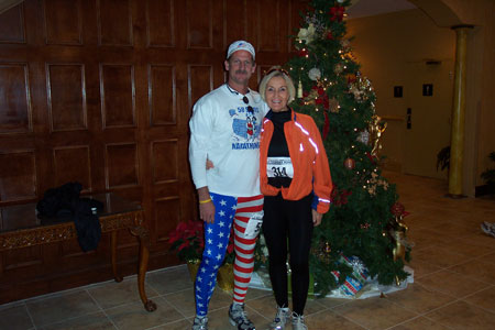 Jerry Schaver and Elaine Doll-Dunn before the Charlotte Marathon on 12/09/06
