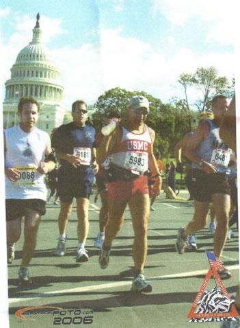 Hammerin Donigan running the Marine Crops Marathon on 10/29/06