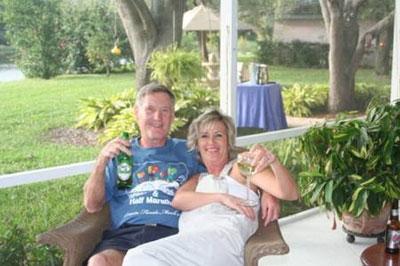 After the Sarasota Marathon Maddog enjoying the 'after marathon party' with his running pal and hostess Linda!2007.