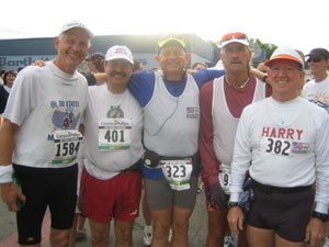 Harry Hoffman with other members at the Anchorage Marathon on 06/23/07.