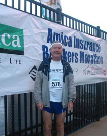 Maddaog John Wallace at the starting line for the Breakers Marathon in Newport RI 2007.