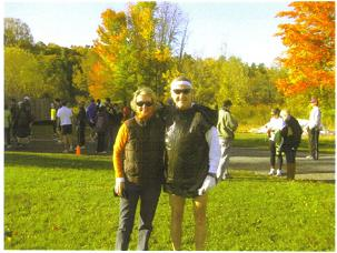 Photo of Maddog and his baby sister Mary Lou at the start of the race.