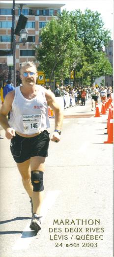 Thomas Roehlk running the Des Deux Rives Marathon Levis/Quebes in 2003